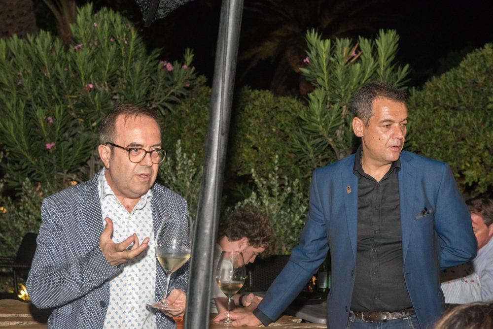 Dr I. Voyatzis introduce us in Santorini Winery wines | Cinque Wine Bar Mykonos