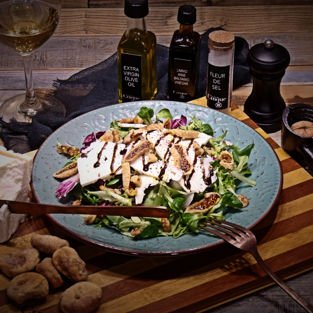 Green salad goat cheese figs walnuts greek products Cinque wine bar Athens