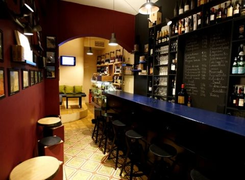Wine bar Athens - Food and wine tasting