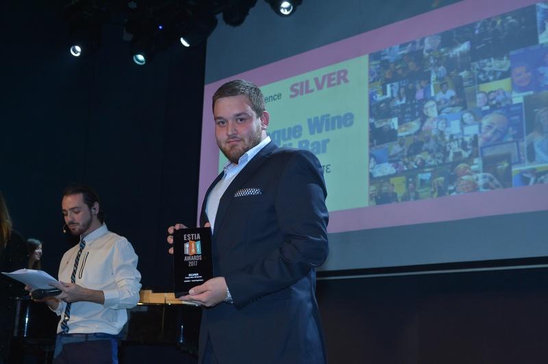 Estia awards Cinque wine bar Athens 2017