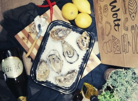 oysters greek sparkling wine Yliana Cinque wine bar