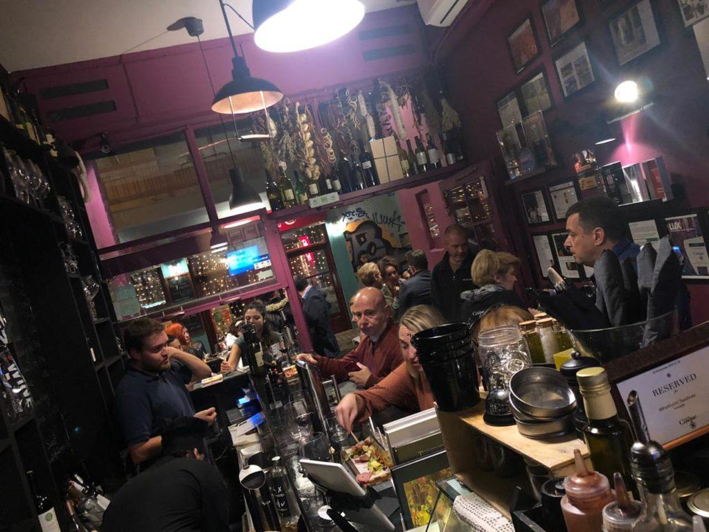 Cinque wine deli bar Athens warm atmosphere hospitality