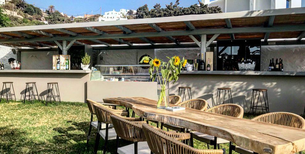 Cinque wine bar Mykonos