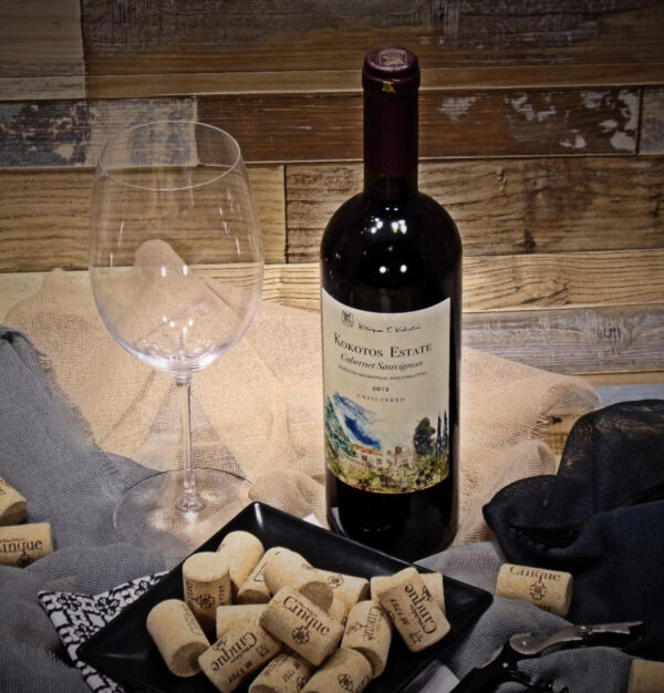 Cinque wine bar Athens take out greek wines Cabernet